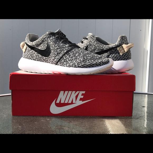 b53d35e3848f2 Nike Shoes | Roshe One Yeezy Turtle Dove Custom | Poshmark